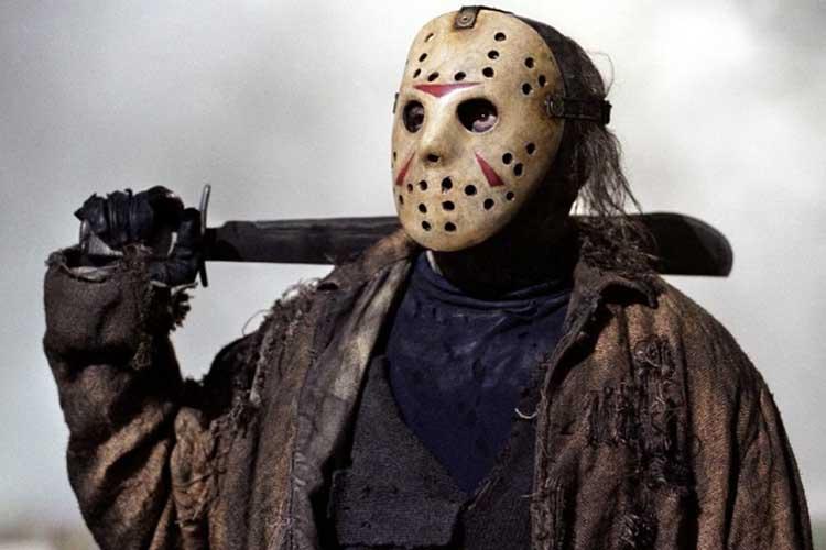 Jason, villano de Viernes 13 y su machete