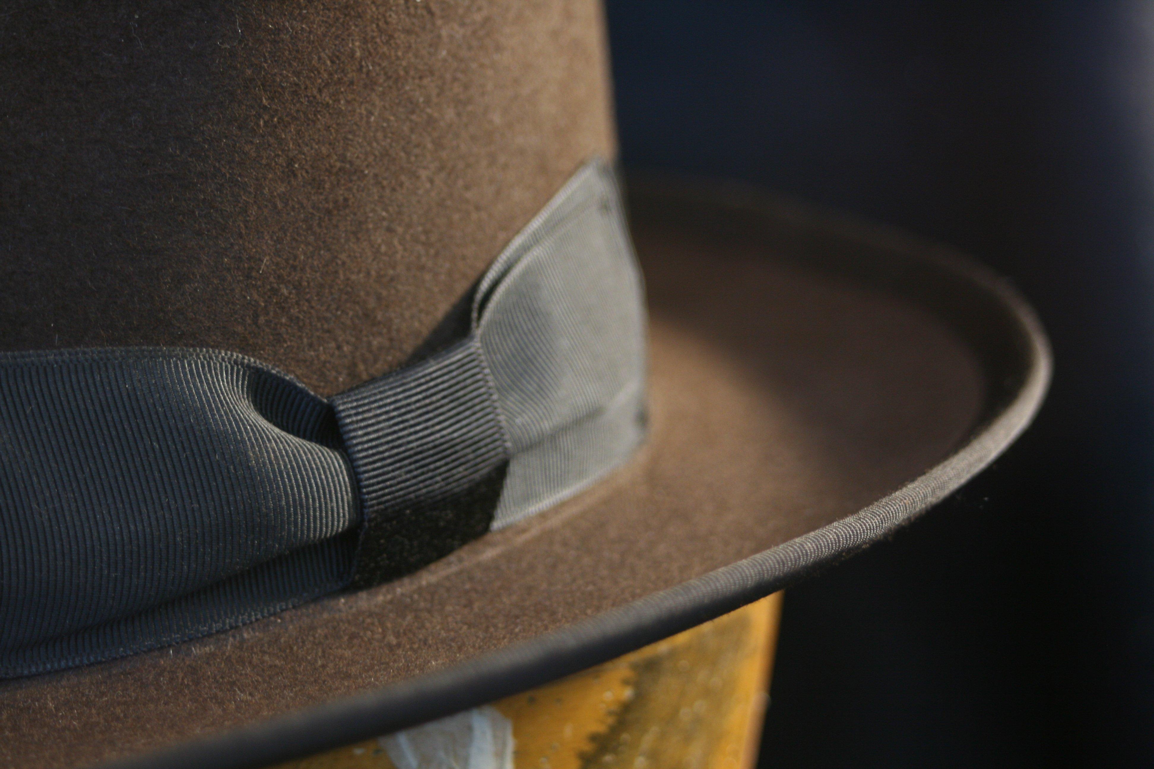 indiana jones origen sombrero